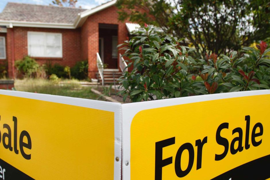 how to buy a house in australia at auction
