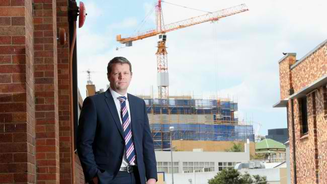 Confidence in Queensland's property sector falls for first time in nearly 2 years