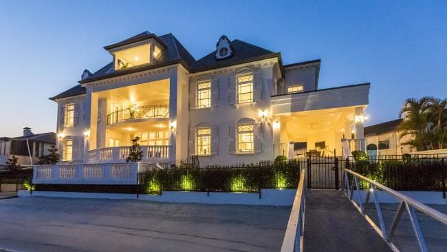 Gold Coast mansion sells for almost $6 million