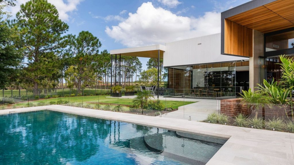 The cotton farmer who made $100k for every month he owned this Gold Coast mansion