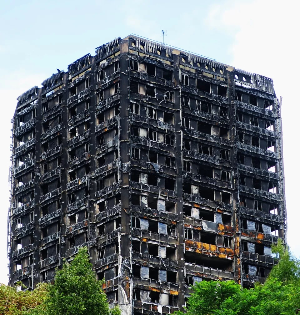 Cladding Fire Risk for 12,000 Queensland Buildings, UK Calls for Cladding Ban