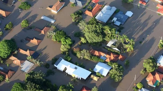 Flood suburbs leaving rest of Brisbane in their wake now