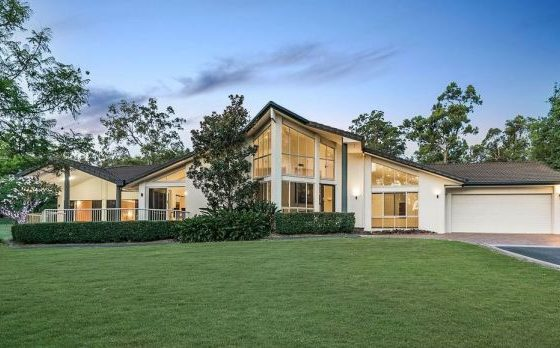 Belmont acreage sells at auction for $1.85 million but buyers still cautious