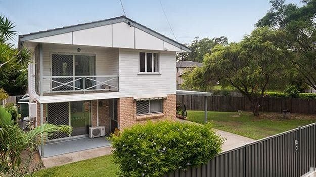 Three bedder at 102 Dennis Rd_ Springwood