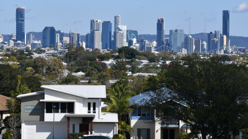 Queensland's 100,000-property public housing shortfall revealed