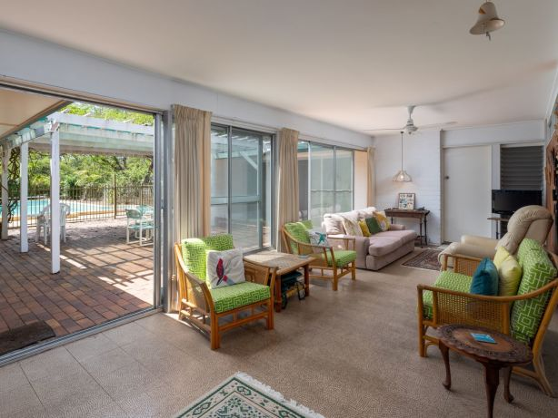 A 1960s family home sells for $2.125 million, as Brisbane auction market hold steady