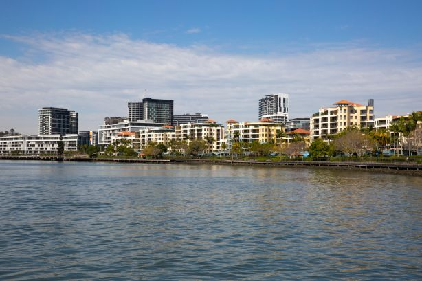 Brisbane landlords get the upper hand rents hold strong at record high prices-min