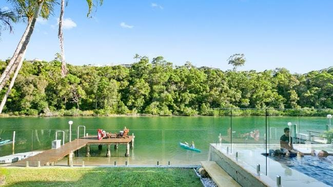 Hot property Dated dress circle Noosa home sells at auction 1