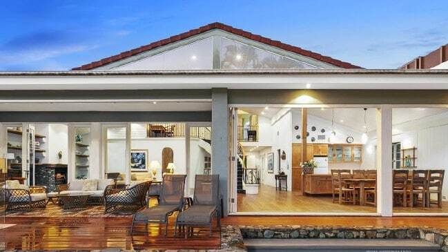 Hot property Dated dress circle Noosa home sells at auction 3