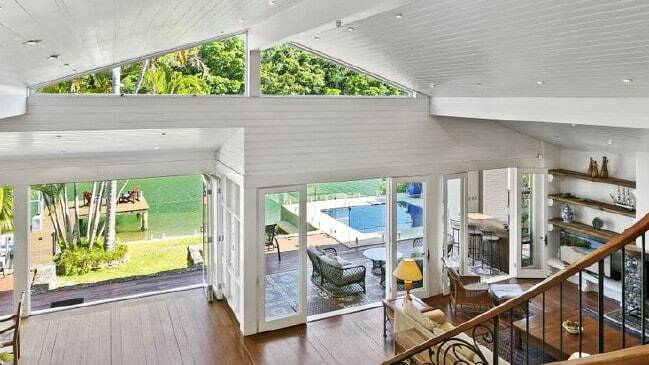 Hot property Dated dress circle Noosa home sells at auction 4