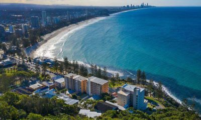 Gold Coast on fire Burleigh property sells for whopping $1.875m over reserve