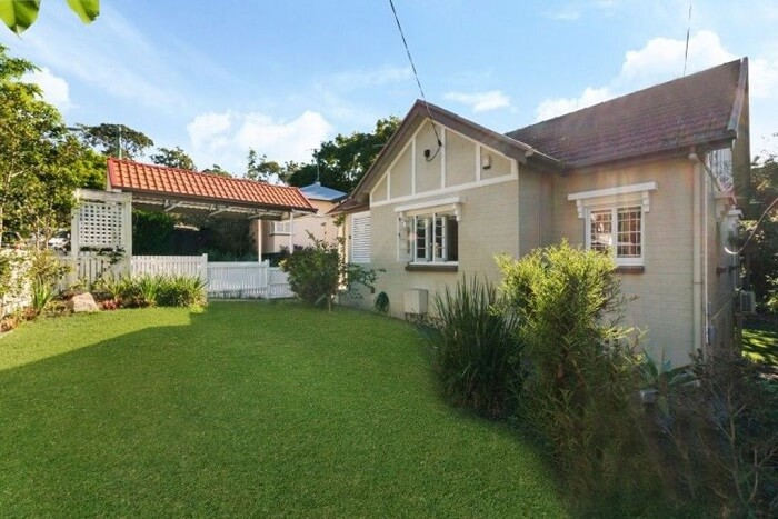 Balmoral house sells for $1.9 million as Brisbane auctions slow