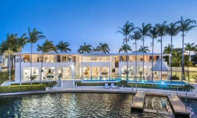 Perfect party pad Ultimate Noosa Waters entertainer, complete with nightclub, up for sale