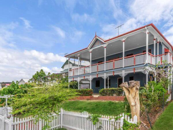 Highgate Hill house sells for $1.825 million to next door neighbour