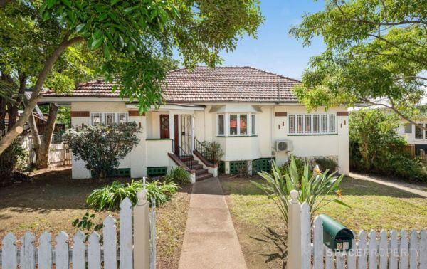 Brisbane auction buyers still keen amid COVID-19 fears (1)