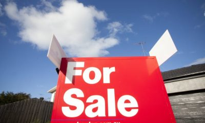 House prices slow as sellers and buyers desert the market