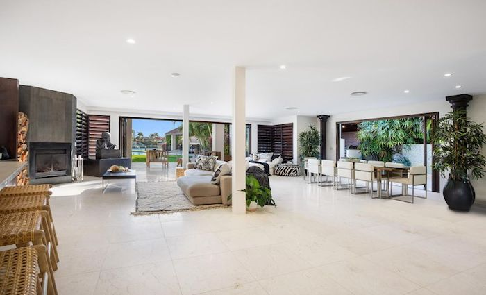 Broadbeach Waters waterfront trophy home sold for $5.7 million (2)