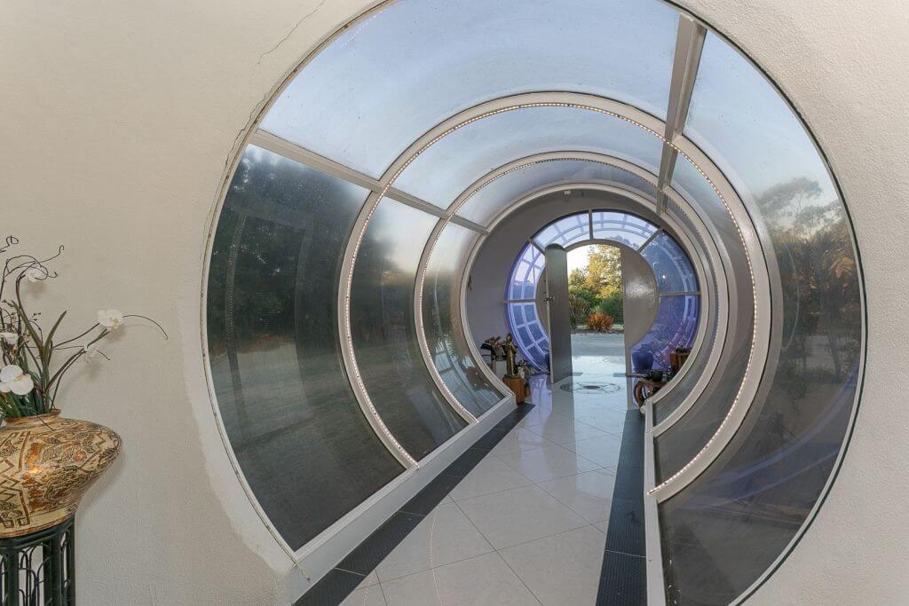 The Bubble House in Ipswich is for sale for the first time (3)