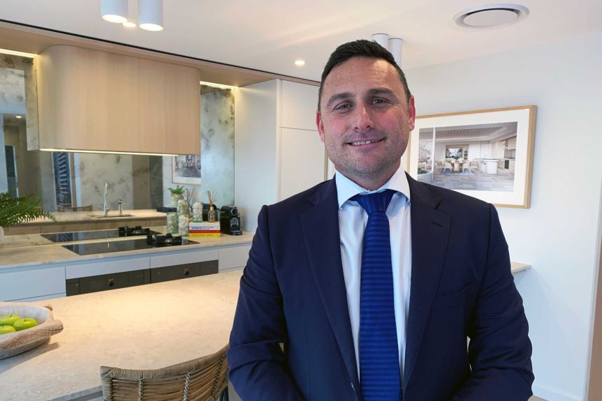 Southern Gold Coast development attracts buyers, but concerns raised over council process (3)